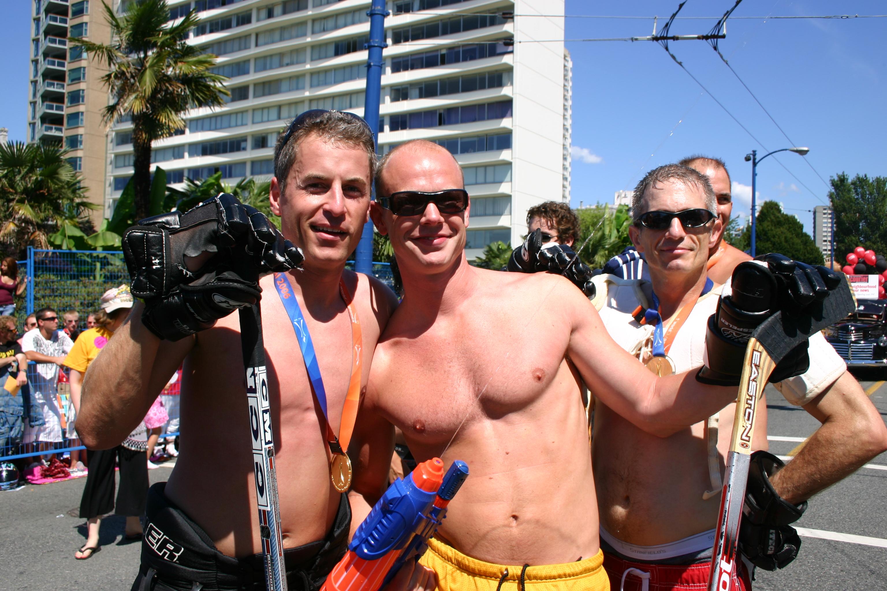 Hobby-Hockey-Teamer beim Vancouver Pride