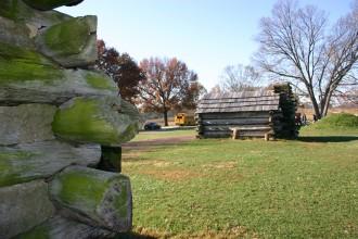 Valley Forge Freilichtmuseum, rekonstruierte Soldatenhütten der ersten US-amerikanischen Armee