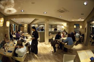 Ciudat Jardin: Gutes Sushi und schicker Style im Wasabi Blue, Foto: Joe Wyneken