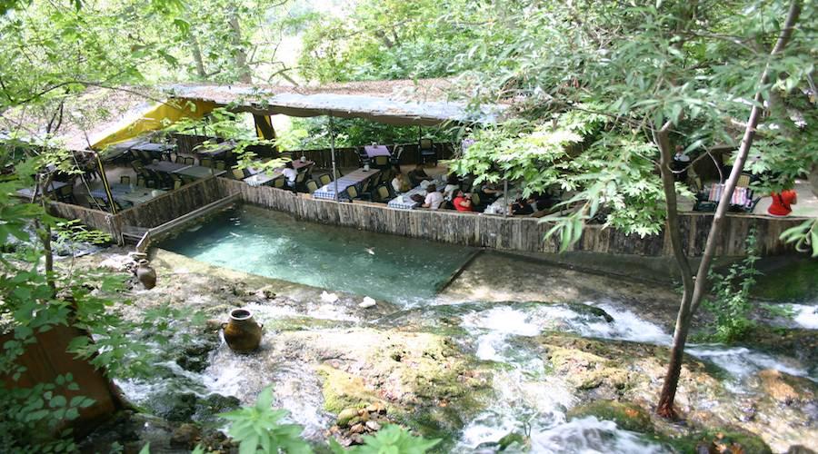 Habyre: Quelle von Daphne, Türkei, Kilikische Küste, in der Nähe von Antakya