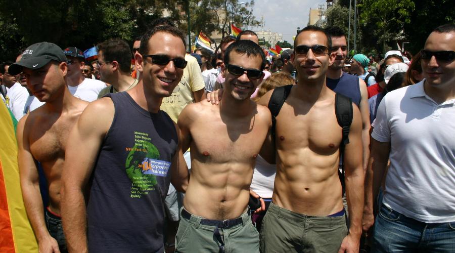 Israelische Besuchergruppe beim Pride (CSD) in Tel Aviv im Jahre 2008, Foto: Robert Niedermeier