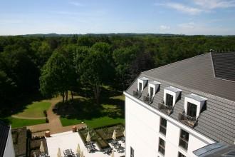Die Kühlung sind die Hügel im Hinterland von Kühlungsborn; Blick vom Turm aus dem Hotel Upstalsboom Hotelresidenz & SPA Kühlungsborn