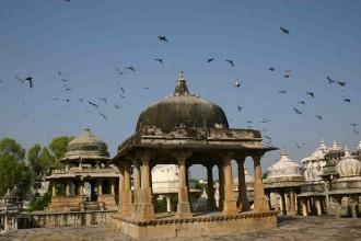 Friedhof der Fürsten von Mewar in Udaipur