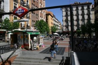 Metro-Station Chueca: Ehemals ein Problemkiez heute aufblühender Barrio