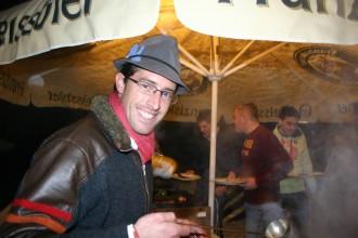Christoph Tomschy grillt nicht nur leckere Würste