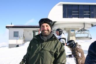 Tom Dedek von Tom on Tour, die Organisatoren des schwulen Ski-Reise-Projekts Kitzglam