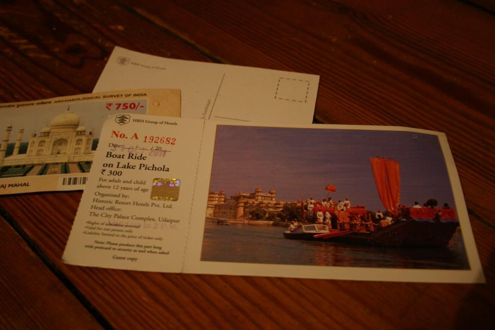 Als Postkarte zu nutzen, ist das Ticket für eine Bootsfahrt auf dem Pichola-See in Udaipur