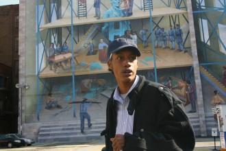 Die städtisch geförderten großen Wandgemälde sind das Metier der Künstlerin Tjai Abdullah.