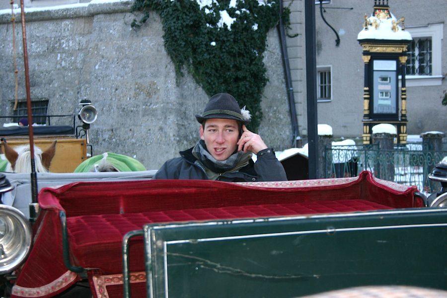 Auch im Winter warten Salzburger Kutscher auf Kunden. Foto: Robert Niedermeier