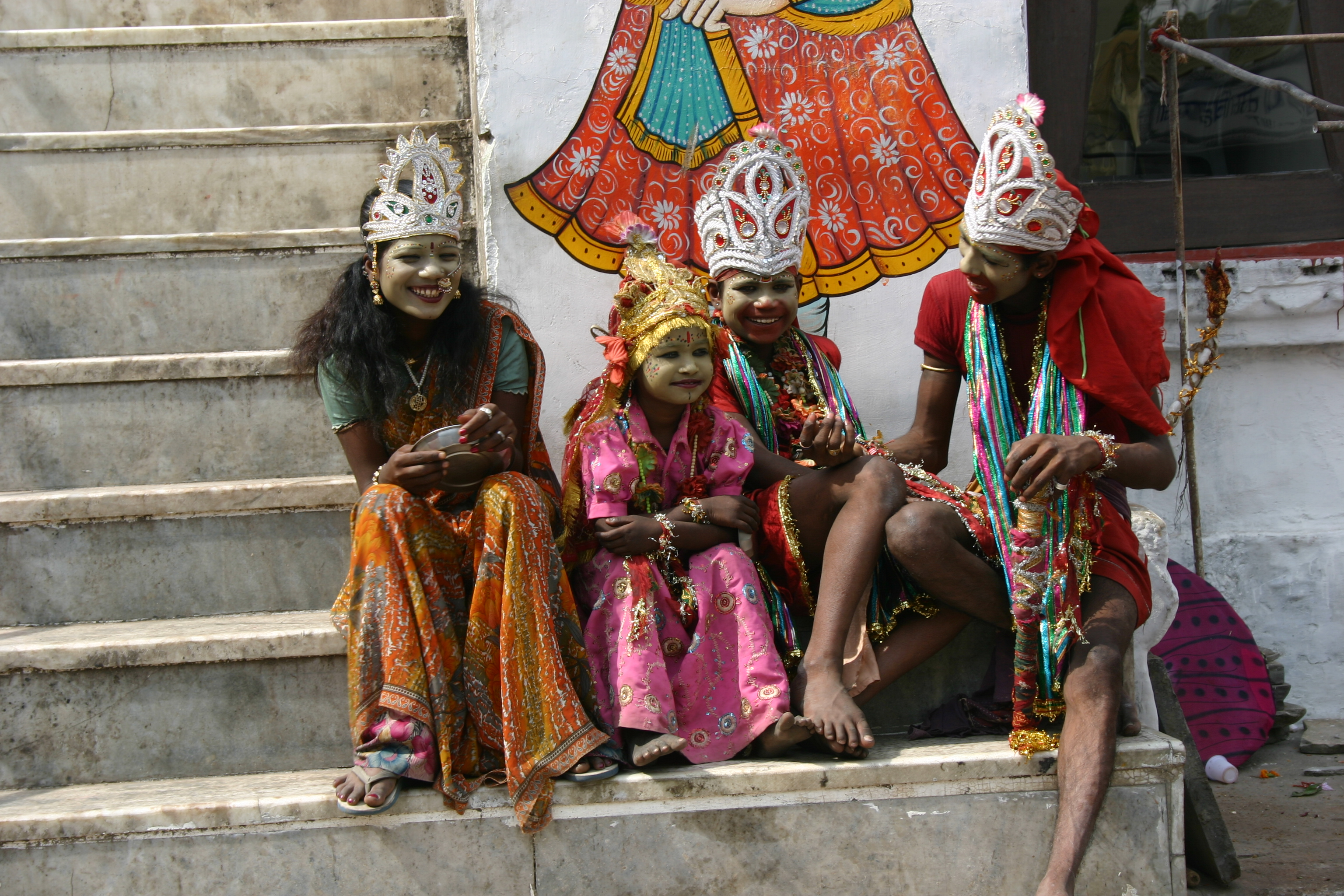 Kinder auf der Palace Road in Udaipur nah dem Stadtpalast