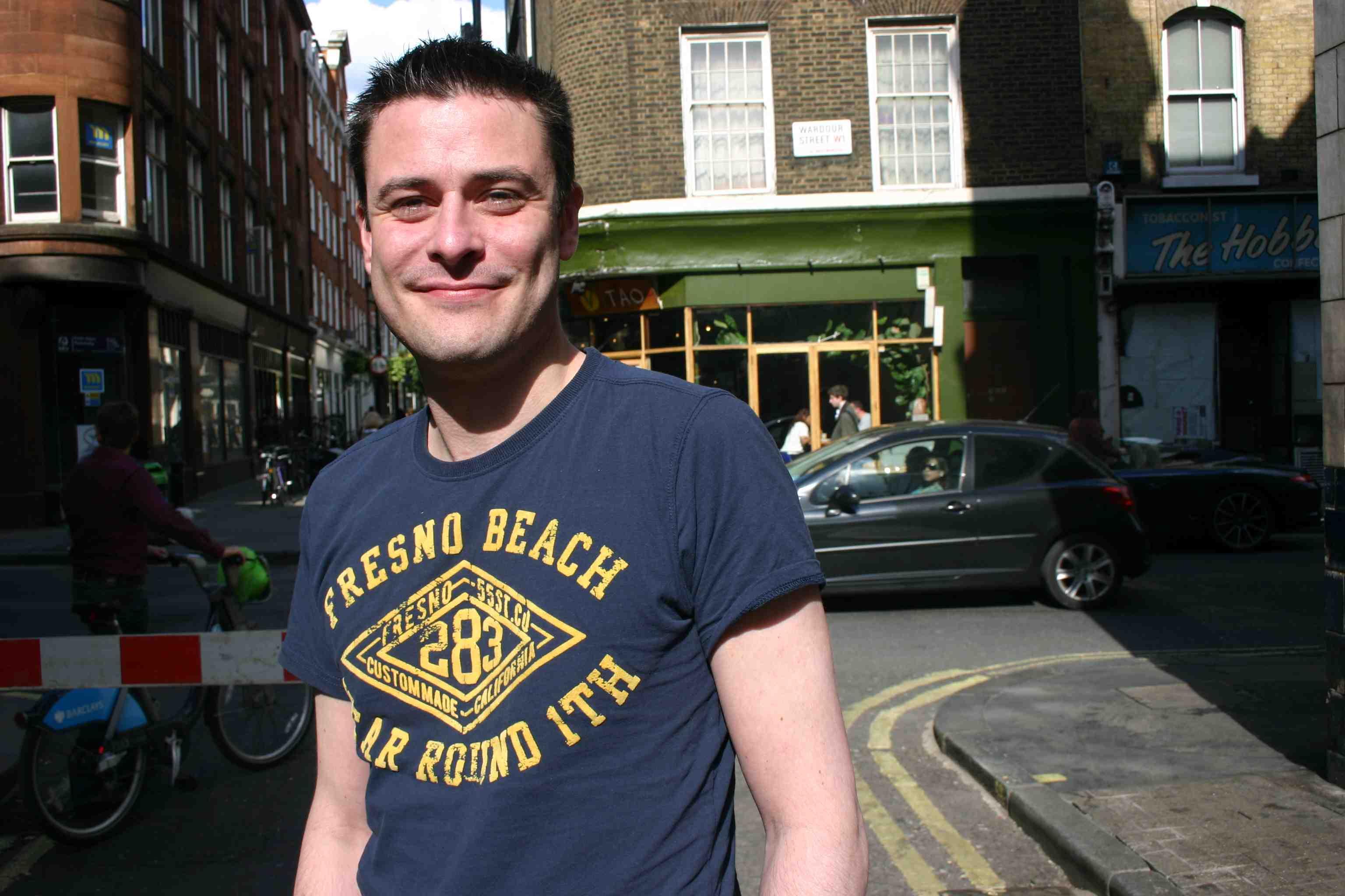 Steve Erskine in Soho, in der Nähe vom Pride Office auf der Peter Street 22