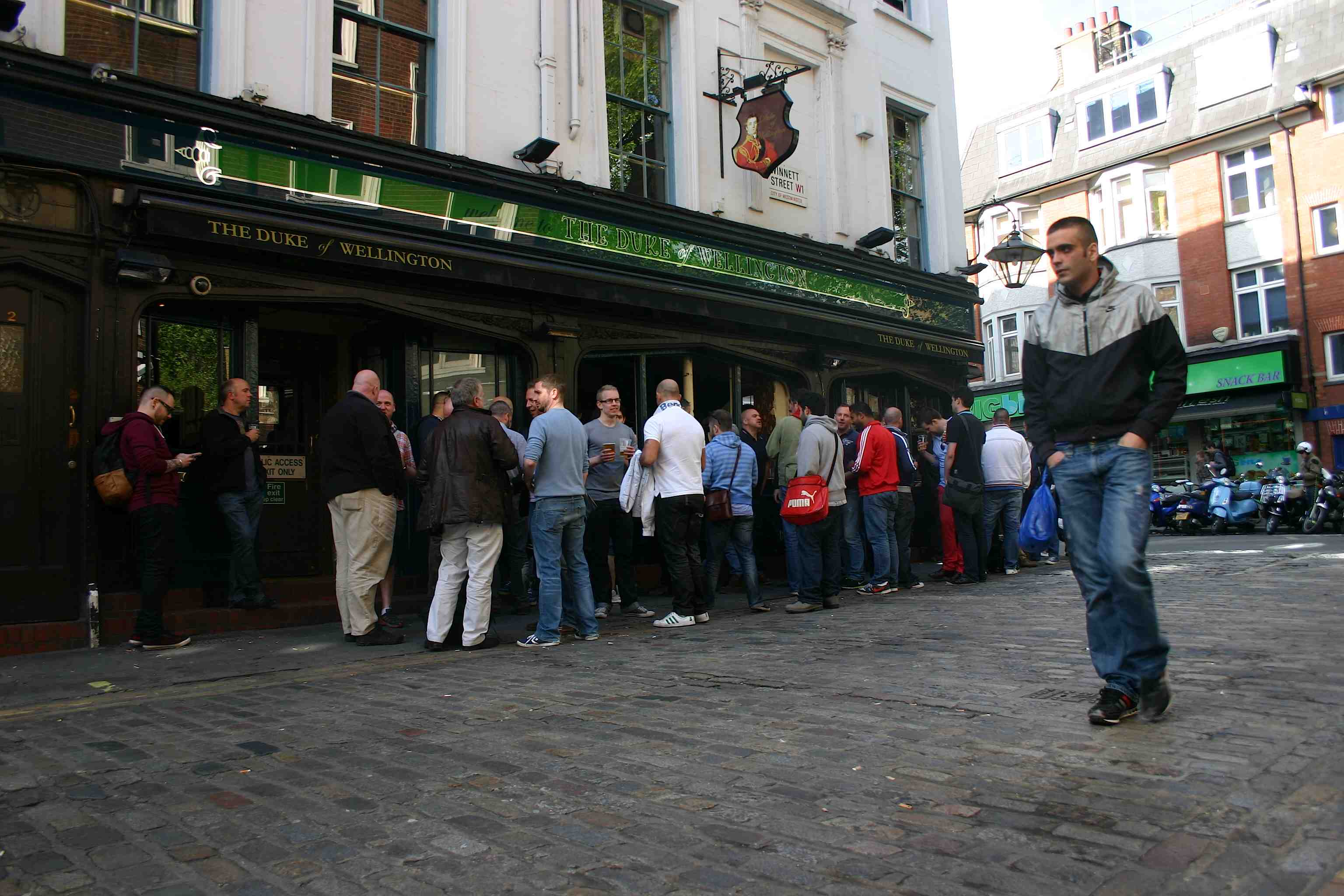 "Pub ""Duke of Wellington"" (Soho)"