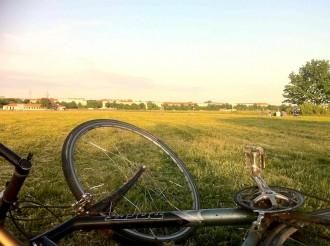 Tempelhofer Freiheit. Blick auf Neukölln