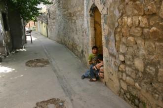 Kinder in der Altstadt von Antakya