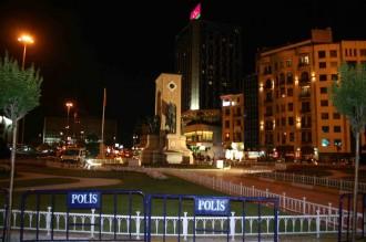 Polizeiabsperrung am taksim-Platz zu Friedenszeiten