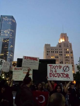 Taksim: Proteste gegen Faschismus in Istanbul