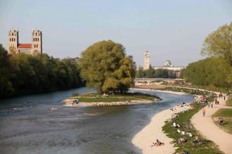 Die renaturierte Isar (Foto: Michael Nagy, Presse München)