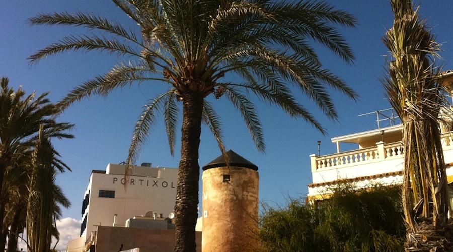 Stadt Palma de Mallorca im Hafenviertel Portixol