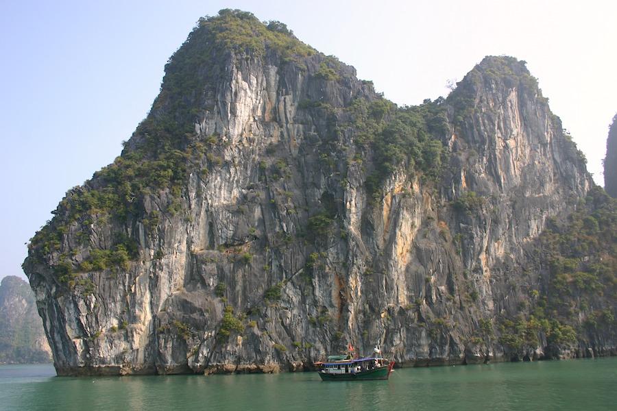 Die Inseln aus Karstfelsen gebildet
