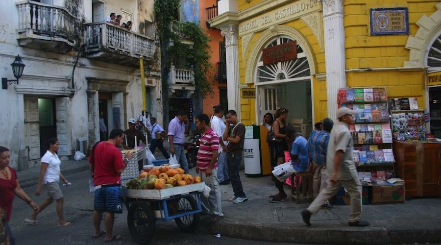 Straßenszene Cartagena Altstadt