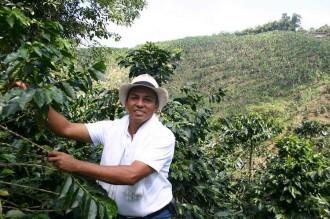 Kaffeebauer Uriel führt heute Touristen