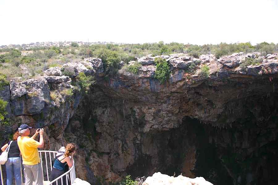 Himmel und Hölle sind Nachbarn. Vor allem aber die türkischen Kosenamen der Korykischen Grotten