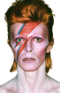 Aufnahme von David Bowie für das Albumcover von Aladdin Sane, 1973 Fotografie von Brian Duffy Foto Duffy © Duffy Archive & The David Bowie Archive