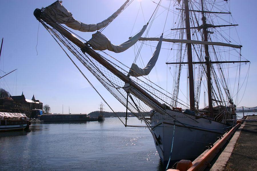 """Die """"Legend"""" im Hafen von Oslo"""