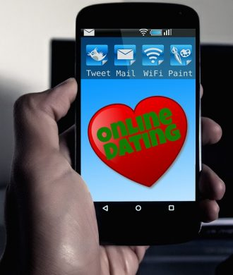 E-Dating: Der etwas andere Reiseführer ist eine Dating-App. Quelle: Pixabay.com