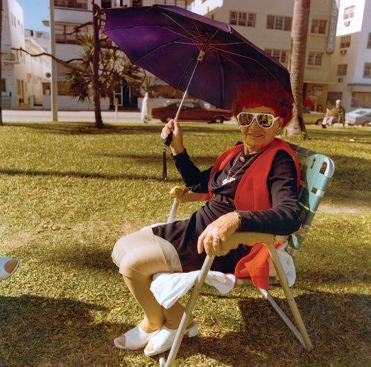 Sonnen- statt Regenschirm in Miami Beach, Florida, USA, Foto: Andy Sweet