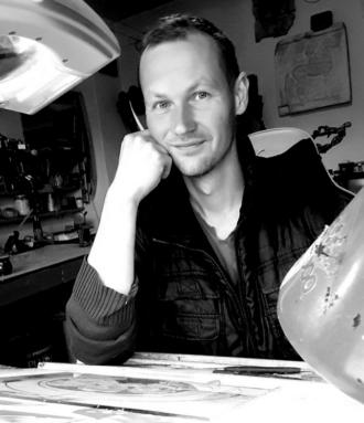 Miroslav Hric in seinem Atelier..., Foto: Selbstporträt, Facebook-Screenshot